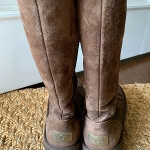 Chocolate brown tall uggs 1890 Kenley